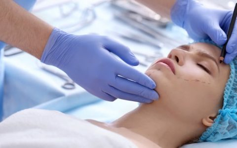 Новый закон по пластической хирургии: какие изменения произошли
