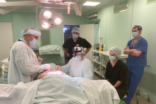26-27 сентября в нашей клинике прошел мастер-класс по редукционной маммопластике.
